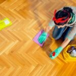 Jak odpowiednio dbać o podłogi drewniane?